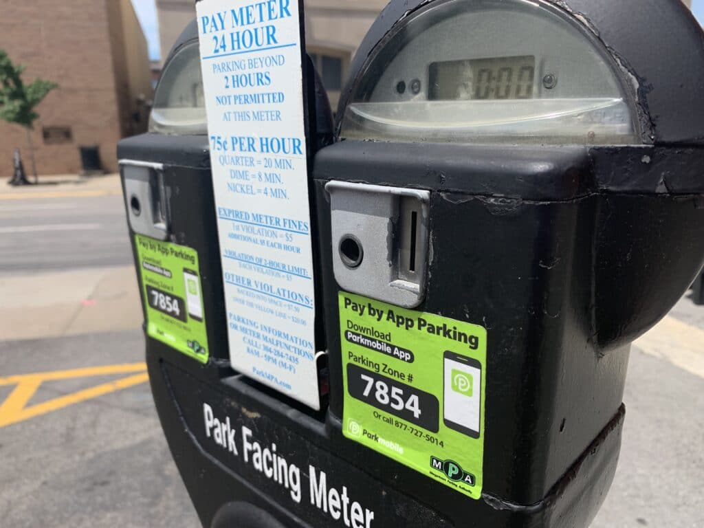 A picture of a parking meter in downtown Morgantown.